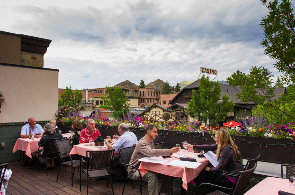 Outdoor Dining In Sun Valley